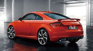 my17_ttrs_coupe_design_02.jpg