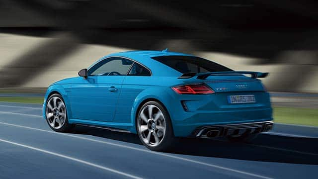 tt_rs_coupe_performance_640x360_2.jpg